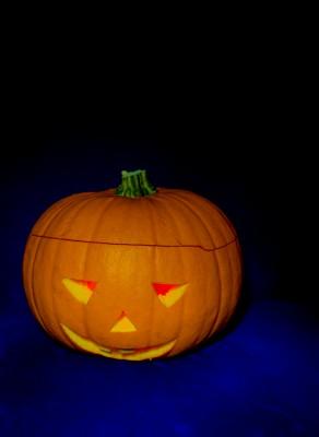 Halloween_Kurpitsa_kontrasti