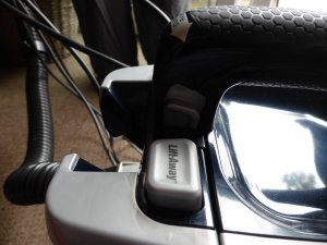 Review Shark DuoClean Powered Lift-Away Upright Vacuum Cleaner