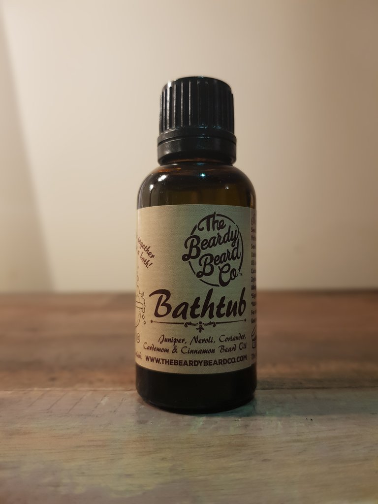 Review of The Beardy Beard Co Bathtub Beard Oil