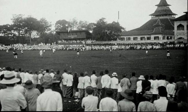 Sejarah Sepak bola Hindia Belanda / Masa Penjajahan Belanda
