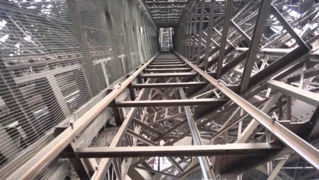 elevator Eiffel