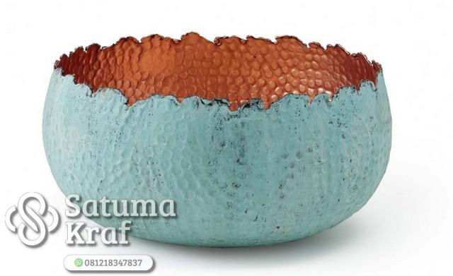 mangkok dari bahan tembaga finishing warna biru muda