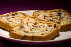 Cinnamon-raisin bread. Not mine, however.