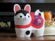 Papercraft imprimible y armable de un simpático gato. Manualidades a Raudales.