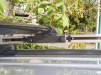 2005 VUE Roof Rack?