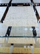 Einige von Kafkas handschriftlichen Manuskriptseiten in der Vitrine