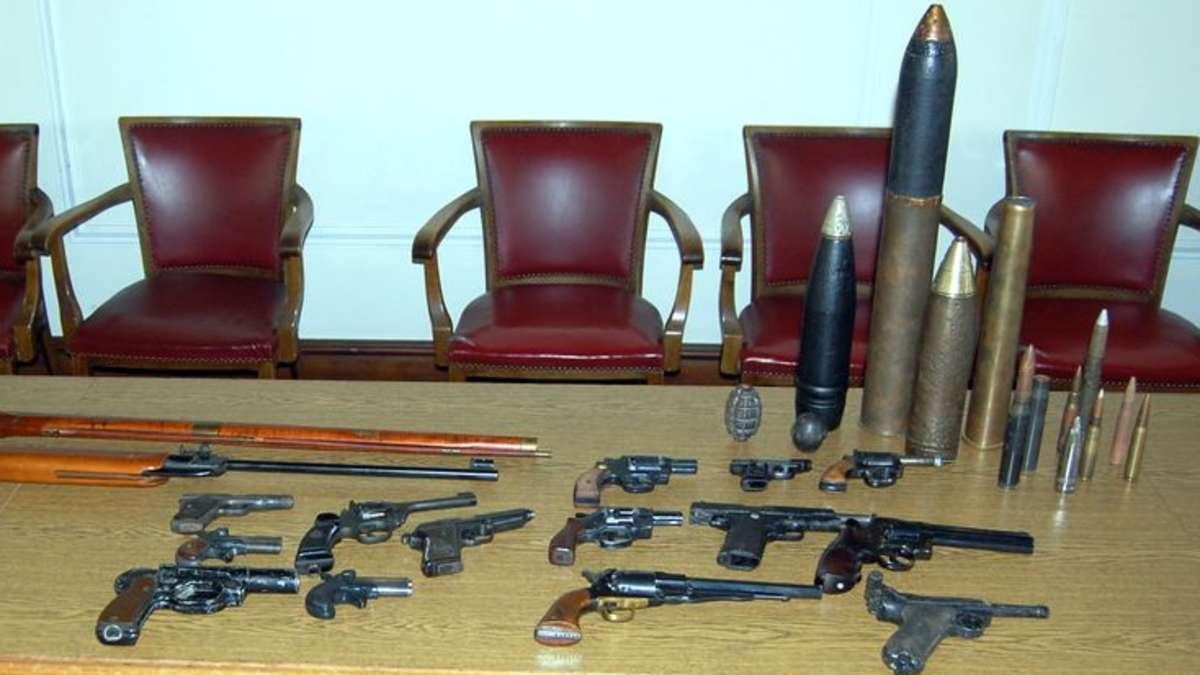 Irrer Fund in Wuppertal 30 Waffen scharfe Handgranate