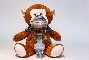asthma bronchiale - inhalation mit inhalator