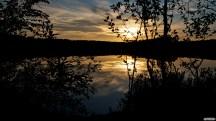 Auringonlasku on aina hyvä kuvauskohde. Tämä taisi olla juhannusiltana.