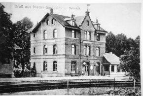 Bahnhof Saulheim Bild von Gabriele Kost