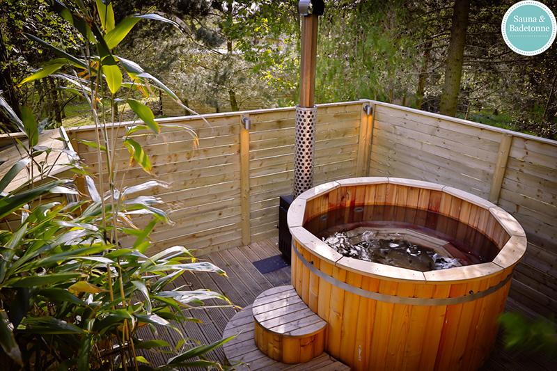 Barrel Saunas And Hot Tubs At Brompton Lakes Wooden Hot