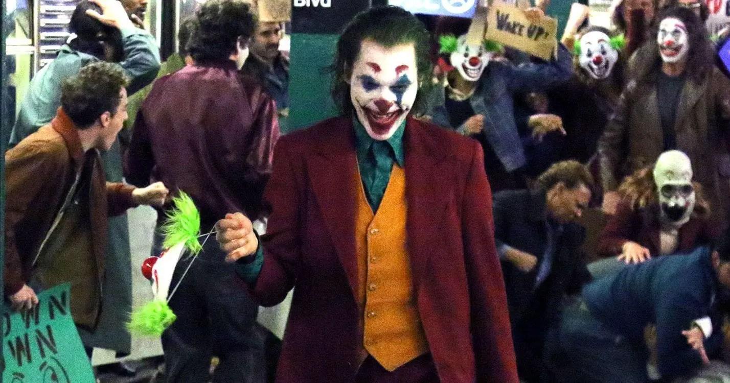 Joaquin's Joker will be announced as next Batman villain   Sauasage Roll