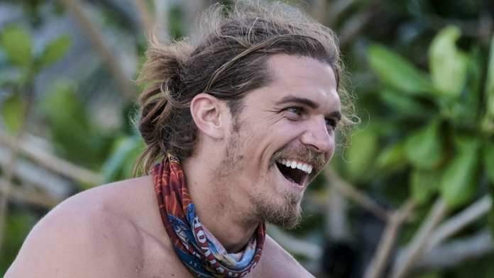 Malcolm Freberg the idol-hunting hound, on Australian Survivor? | Sausage Roll