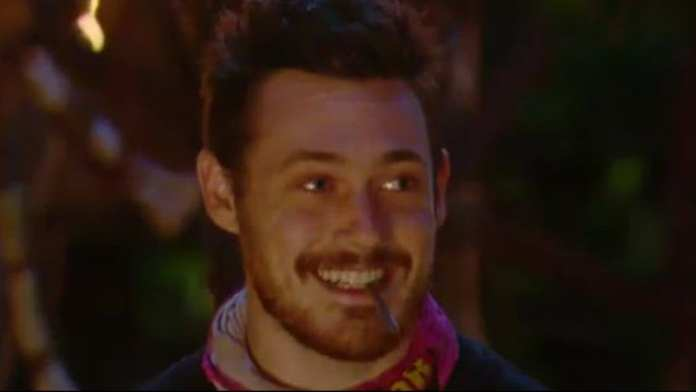 Harry Houdini pulls of another great escape on Aussie Survivor | Sausage Roll