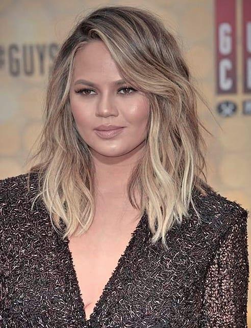 Genial Frisuren Mittellang Wellig Inspirationen Großes gewelltes Haar