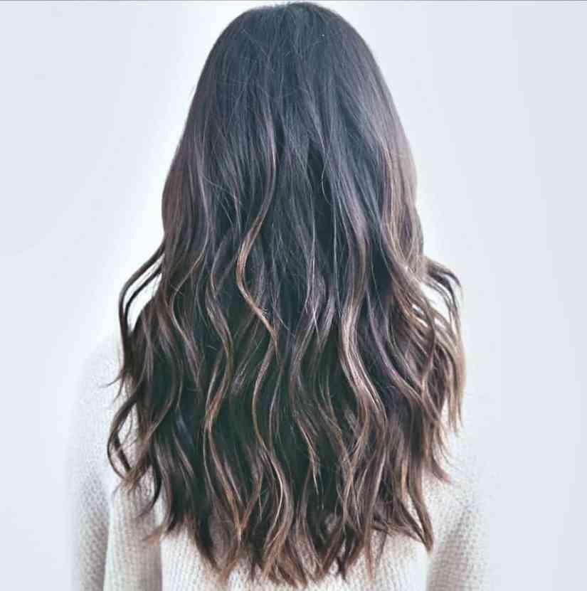 Erstaunlich Damen Frisuren Lang Stufig Ideen Langes Haar mit feinen Schichten
