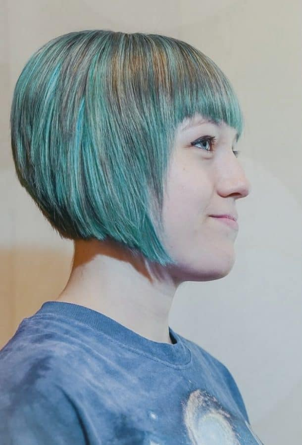 Inspirationen Pony Frisuren Kurz Bilder Aquamarine Layered Bob