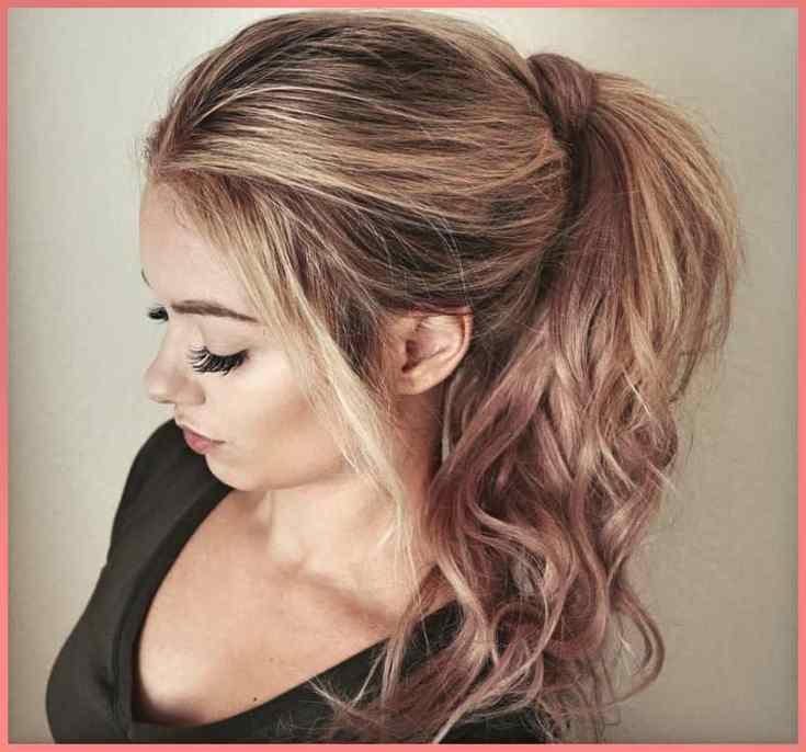 Barbie-Pferdeschwanz Haarschnitt Frauen Mittellang