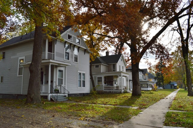New B Avenue historic district first in years for Cedar Rapids