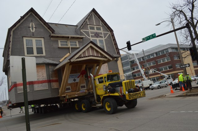 Photo gallery: Moving day for the Brewer House