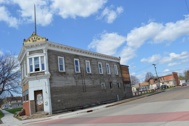 Razing of New Bohemia building to leave hole in historic district