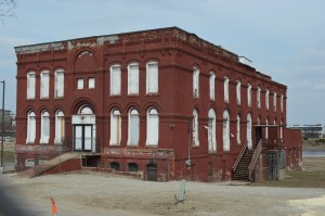 The riverfront Knutson Building, one of the city's oldest commercial structures, will be discussed at an informational meeting, July 29, 2014, at Cedar Rapids City Hall. (photo/Cindy Hadish)