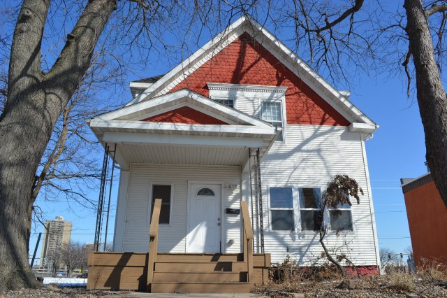 Late-1800s home on Cedar Rapids casino site faces demolition