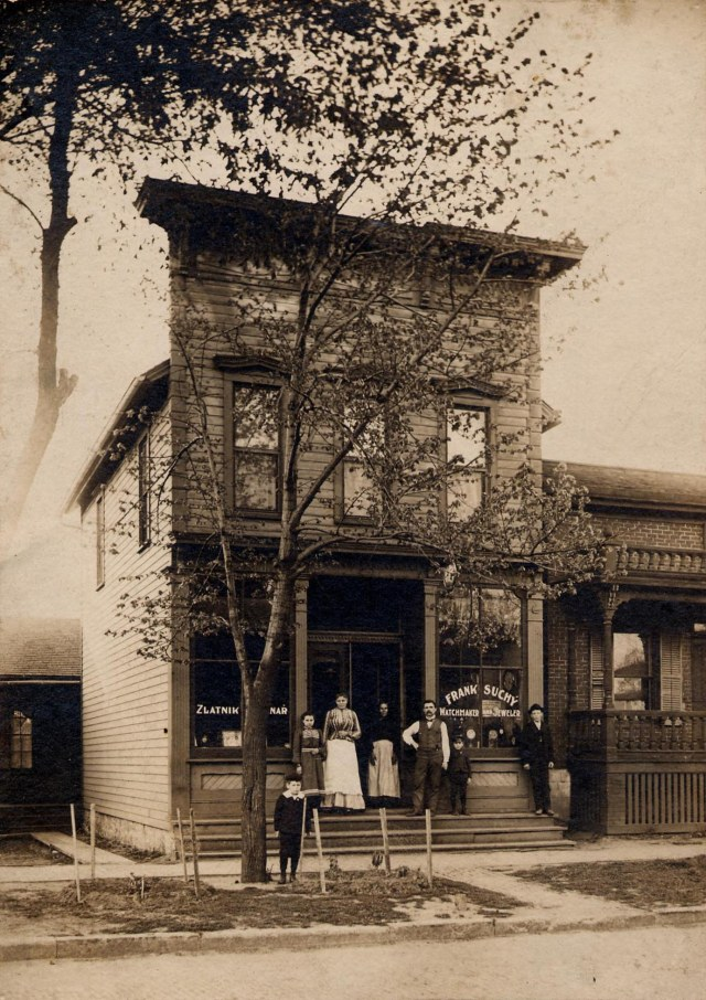 White Elephant owners seek demolition for historic New Bohemia building