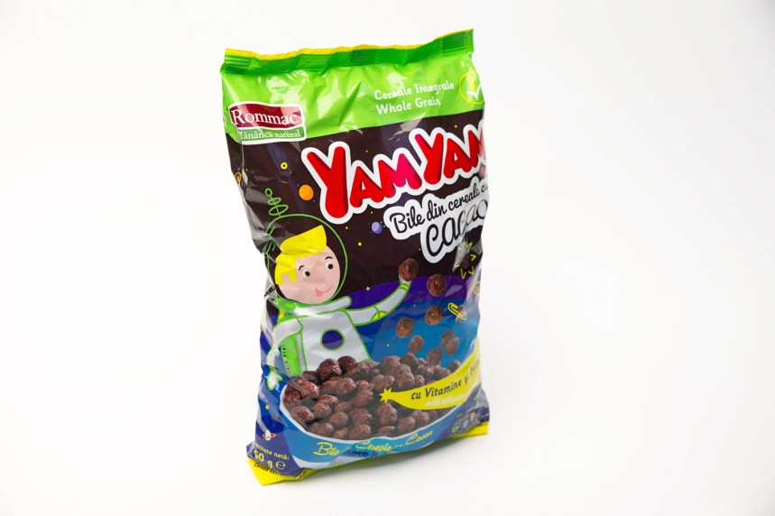 Yam Yam cacao cereals balls Rommac packaging bile cu cacao cereale