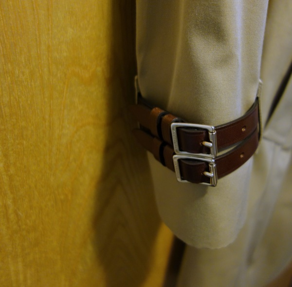 Burberry-Bridle-Gate-Trench-Coat-4-Ways-Cuff