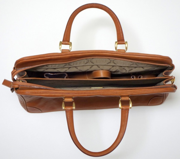 Cole-Haan-Vintage-Laptop-Bag-Open