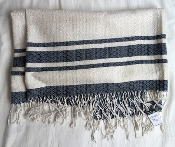 Kalabandar_Scarves_Textured-Silk-Weave-Stripe