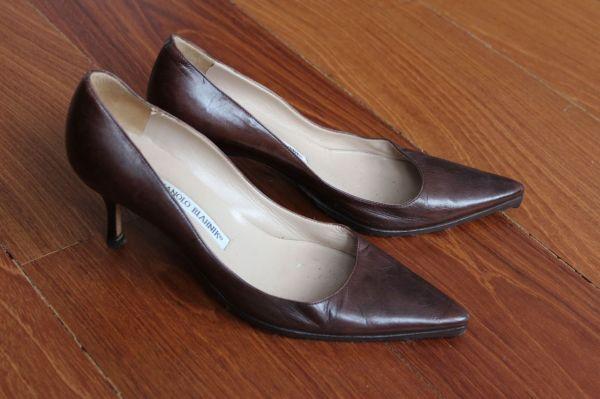 Manolo-Blahnik-Light-Brown-Short-Heels-Side-2