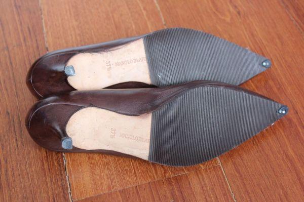 Manolo-Blahnik-Light-Brown-Short-Heels-Soles