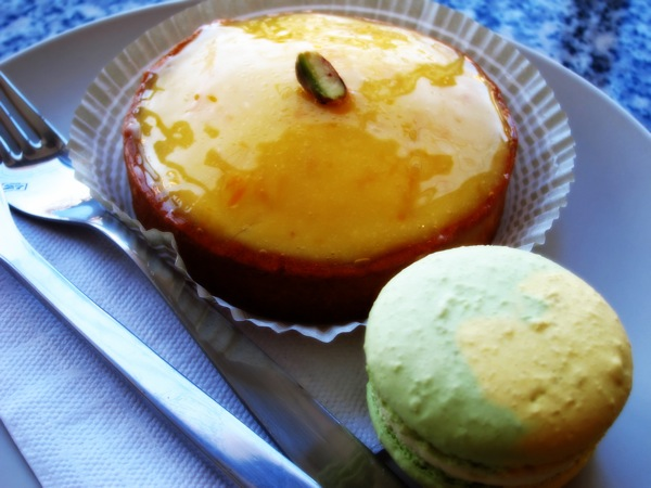 Photograph-Food-Lemon-Tart-Dessert-Eat-3-Macarons