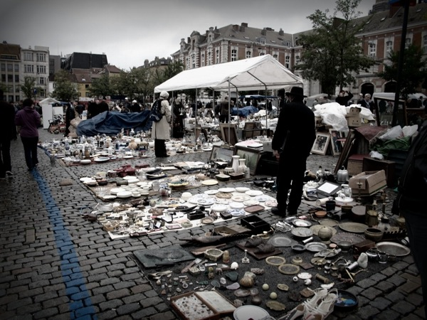 Photograph-Travel-Brussels-Belgium-Bazaar-Flea-Market-Shopping