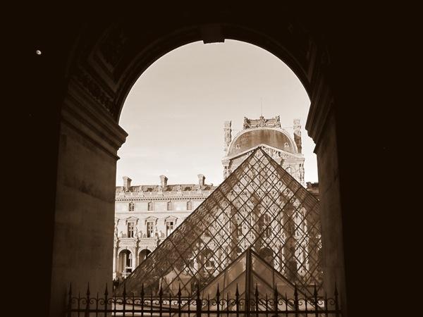 Photograph-Travel-Paris-France-Europe-Louvre-Museum-Sepia