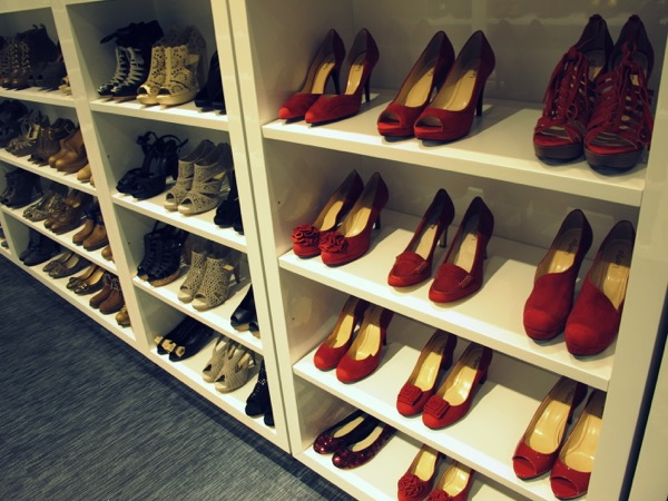 Photograph-Wardrobe-Shoes-Style-Closet-3