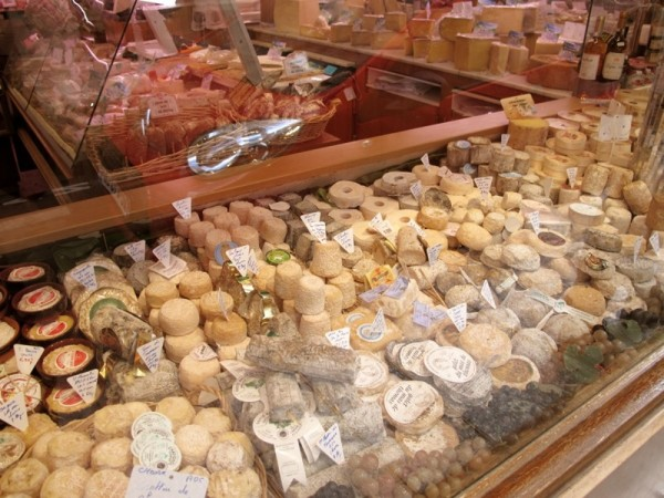 Travel-Photograph-Paris-France-Cheese-Fromagerie