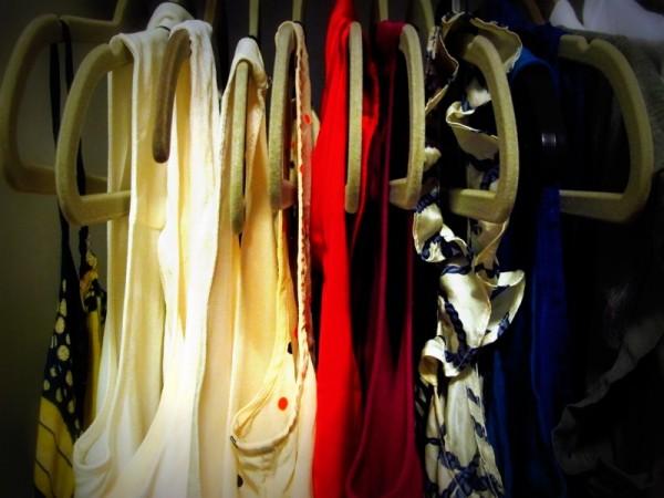 Wardrobe-Closet-Mochimac-Clothes-Tops1