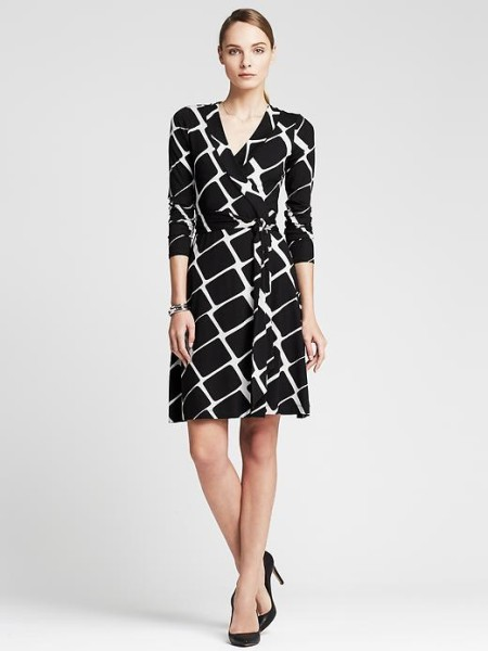 banana-republic-gemma-windowpane-wrap-dress