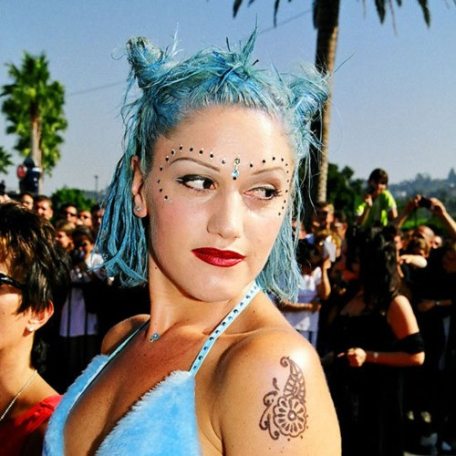 gwen-stefani-no-doubt-bindi-decoration