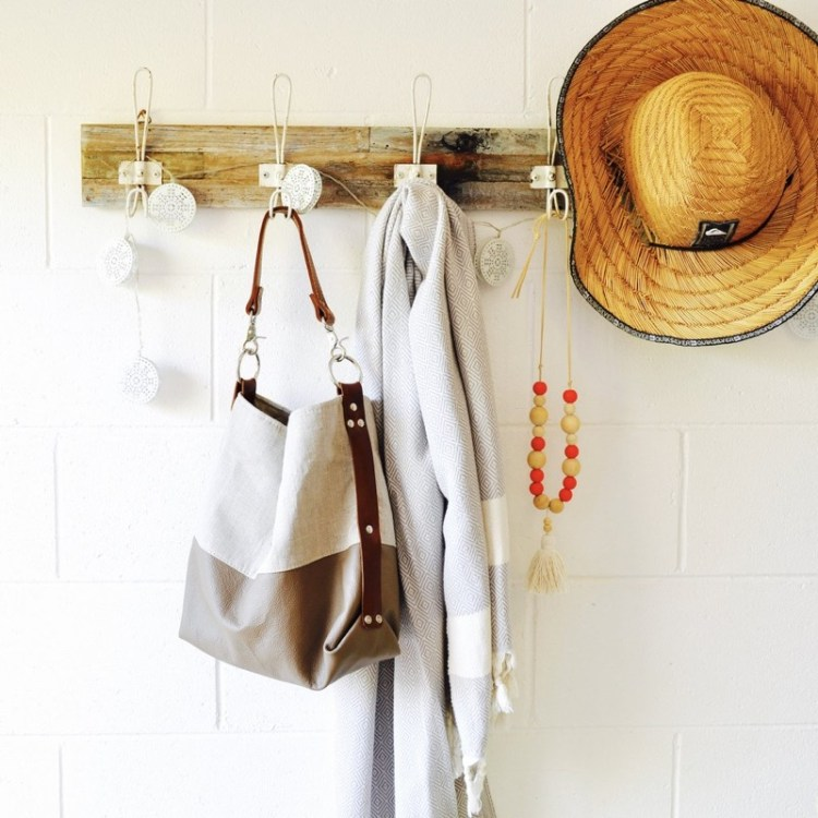 https://www.smallworlddreams.com.au/collections/cross-body-bags/products/flax-boho-bag