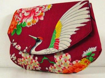 tamamiko-bag-etsy-crane-clutch-magenta