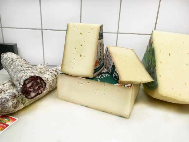 Salame e tome d'Aosta
