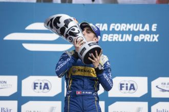2015/2016 FIA Formula E Championship. Berlin ePrix, Berlin, Germany. Saturday 21 May 2016. Sebastien Buemi (SUI), Renault e.Dams Z.E.15 celebrates on the podium Photo: Andrew Ferraro/LAT/Formula E ref: Digital Image _FER3179
