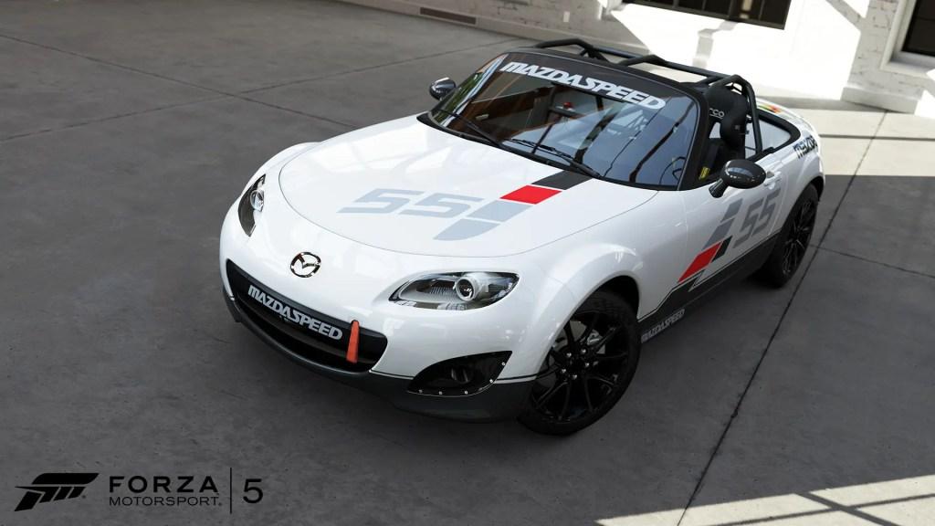 MazdaMX-5-01-WM-Forza5-DLC-Bondurant-June-jpg