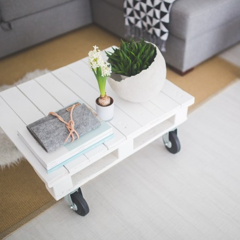I under-budgeted for new furniture by 55% last week. And this week I under-budgeted for non-furniture furnishings by 50%. Click through for a lesson in budgeting!