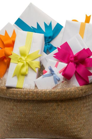 Color Gift Basket Themes