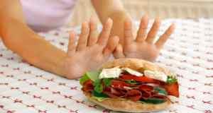 sendvič sa suhomesnatim proizvodima